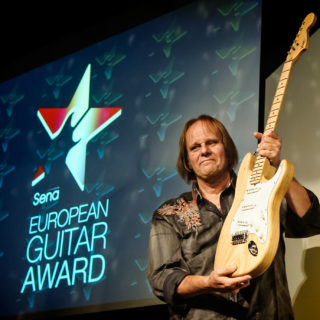 Walter Trout @ SENA Guitar Awards 2015, Amsterdam